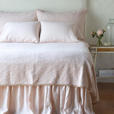 Bella Notte Linens Adele Pearl Coverlet