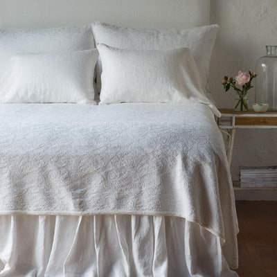 Bella Notte Linens Adele Winter White Coverlet