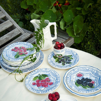 Gien Oiseau Bleu Fruits Dinnerware