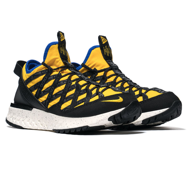 new products 382c6 a3b76 Nike. ACG React Terra Gobe Amarillo Racer Blue
