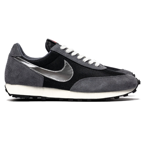 Nike Daybreak SP Black/Metallic Silver, Footwear