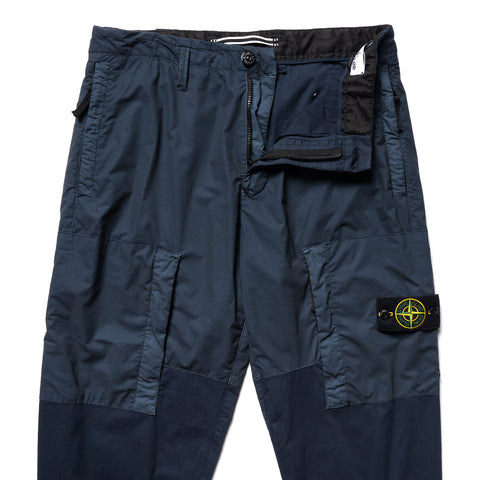 Stone Island Mussola Gommata Stretch Cotton Twill Garment Dyed Zip Pocket Cargo Pant Blue Marine, Bottoms