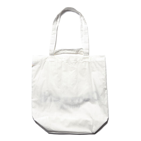 The Conveni Tote White, Accessories