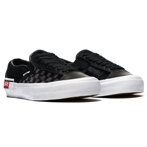 3136d5f2f06 ... Footwear Vans Vault Slip-On Cap LX (Pony) Black True White