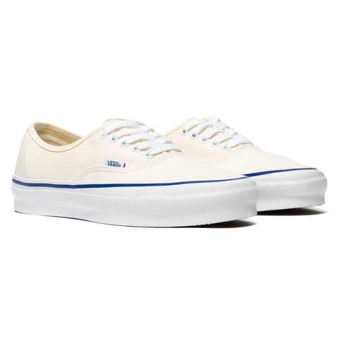 Vans Vault UA OG Authentic LX (Canvas) Classic White, Footwear