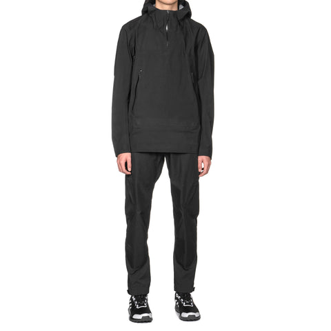 Veilance Conduct Anorak Black, Jackets