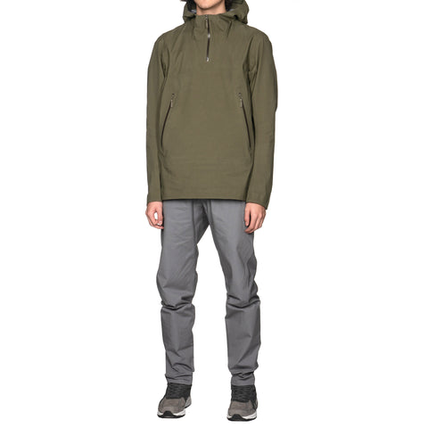 Veilance Conduct Anorak Loden, Jackets