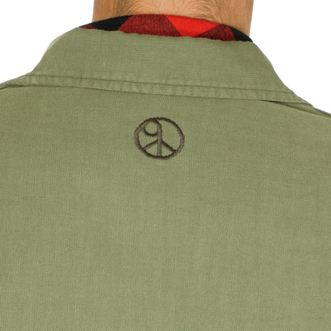 Sasquatchfabrix. Love & Peace Hanten Shirt