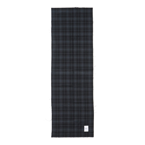 maple Check Stole Black