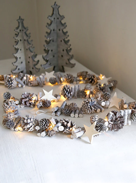 Long Pinecones and Stars Light Garland