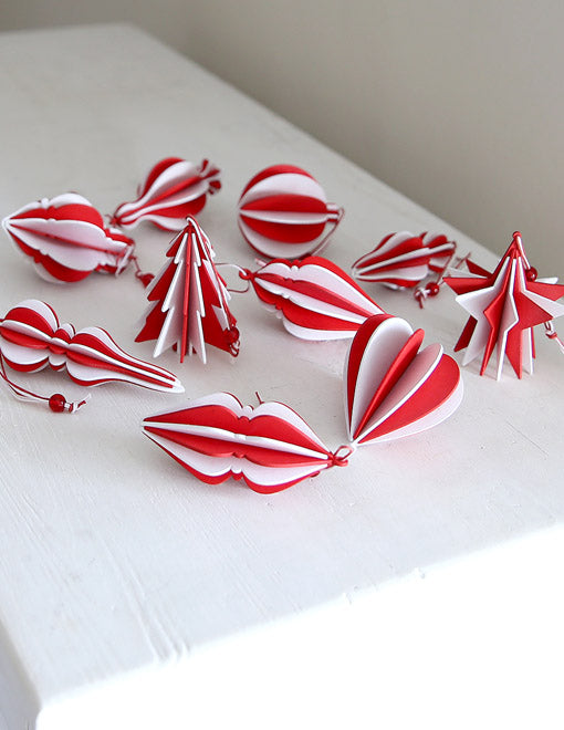Red And White Decoration Set