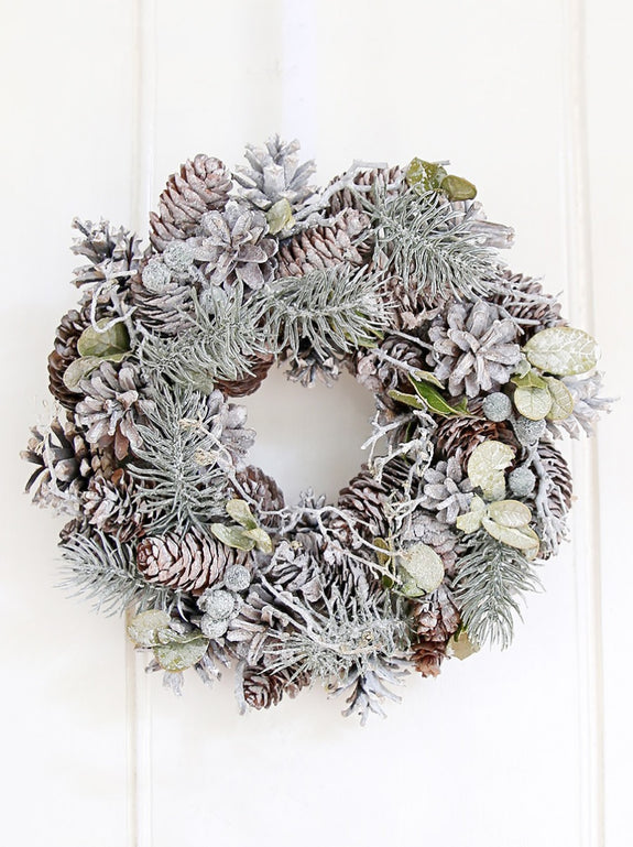 Frosted Small Pinecone Wreath