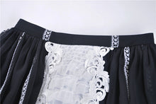 Load image into Gallery viewer, Gothic lolita Black and white skirt  KW153 - Gothlolibeauty
