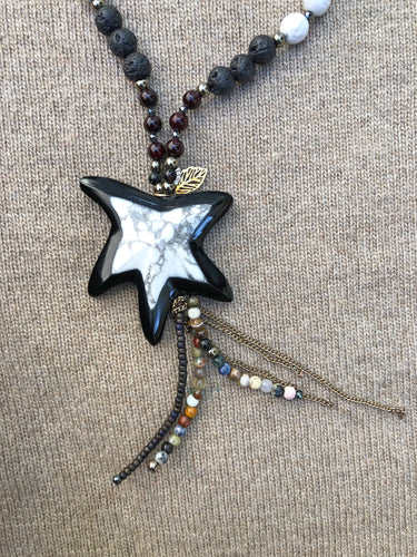 Howlite Star Necklace - HIDE & LACE
