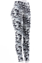 Load image into Gallery viewer, Flowerism - Fur Lined Leggings