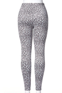 Leopard Chic - Fur Lined Leggings