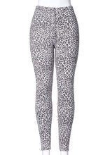 Load image into Gallery viewer, Leopard Chic - Fur Lined Leggings