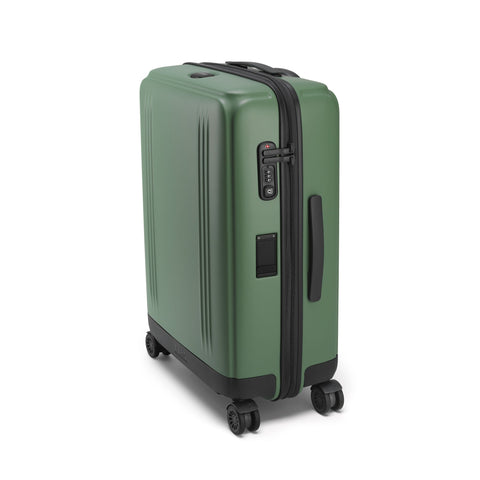 Edge Lightweight | Medium Travel Case SAGE