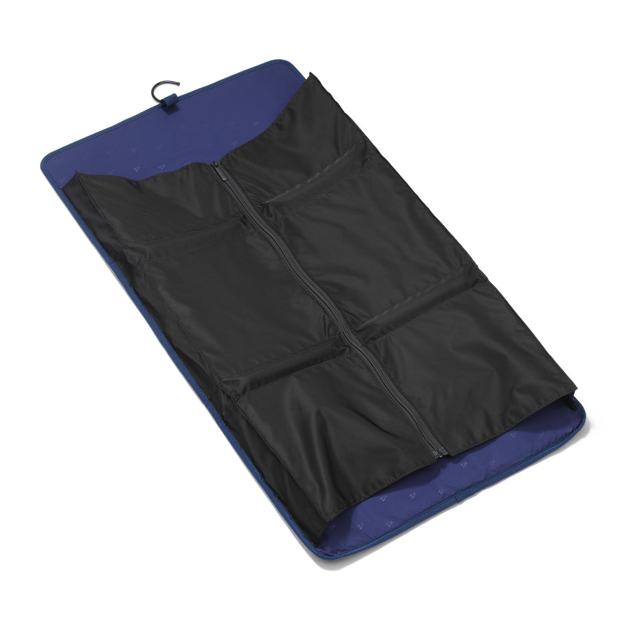 Accessories | Trifold Garment Sleeve