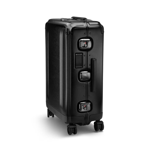 Pursuit Aluminum | Medium Travel Case BLACK