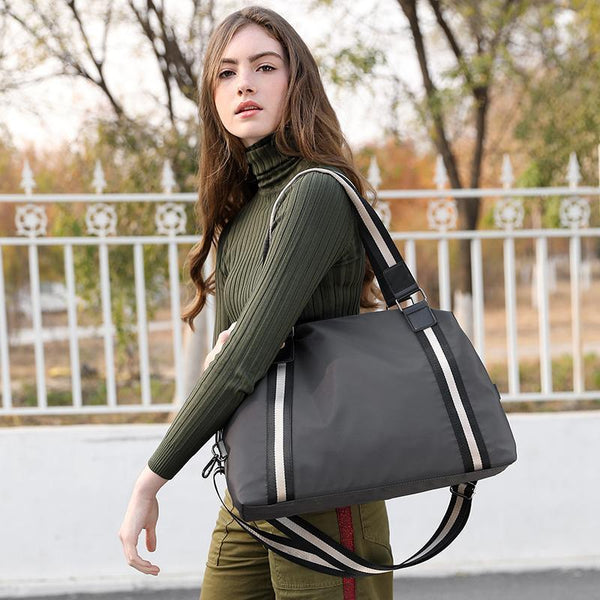Water Resistant Women Large Capacity Handbags