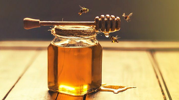 12 Benefits of Honey - Advantages & Uses of Honey