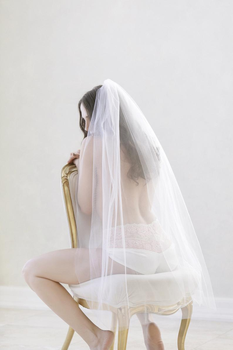 Raw Edge Finger Tip Veil | Ornaigh