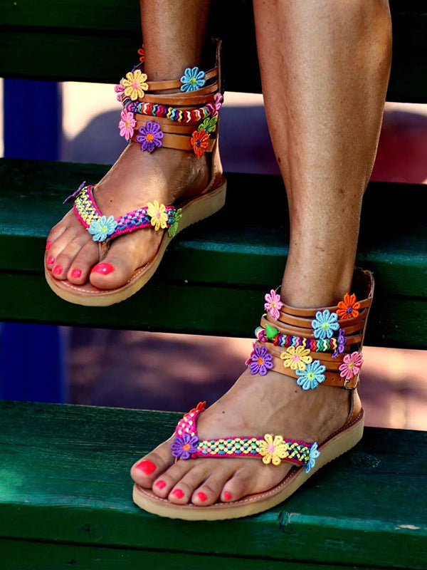 Bohemian Chic Flat Sandals Zipper Bottomed Flowers Sweet Handmade Sandals in Brown