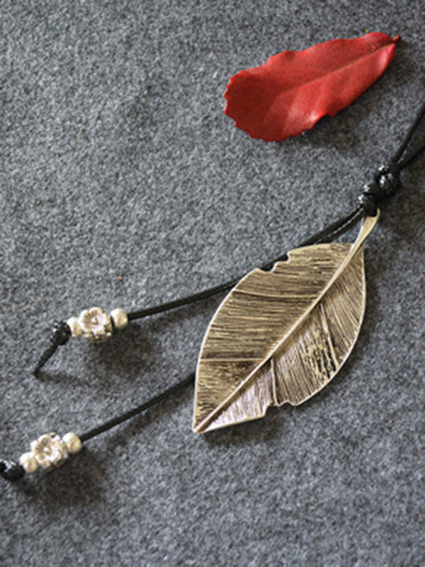 Vintage Leaf Metal Sweater Necklace