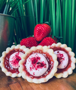 +berries & cream tarts - Alchemy Bake Lab
