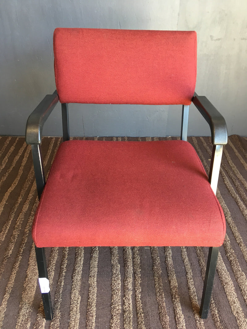 Metal Red Visitors Chair