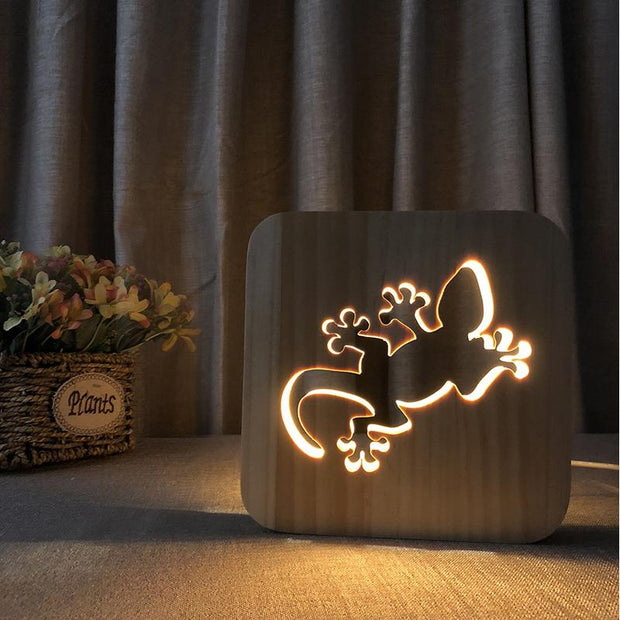 Lizard Wood Lamp - Sponilo