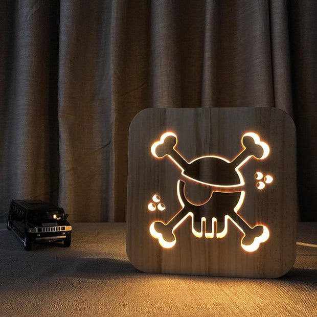 Pirate Skull and Bones Wood Lamp - Sponilo