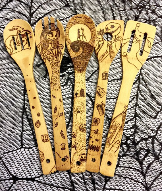 17ff716a73106 The Nightmare Before Christmas Wood-burned Spoons Set! – Sponilo