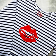 Load image into Gallery viewer, Pearl & Earl Breton Lips 100% Organic Long Sleeve Tee
