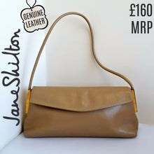 Load image into Gallery viewer, Leather Tan Handbag Jane Shilton Baguette Beige Brown Neutral Envelope