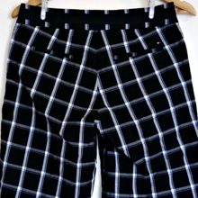 Load image into Gallery viewer, Tommy Hilfiger Shorts Checked Golf Knee Check Long Size Small