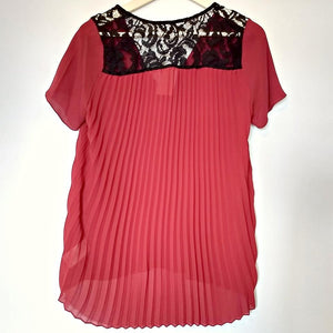 Michael Kors Top Red Lace Lacy Accordion Pleats Pleated Back Blouse Size Small