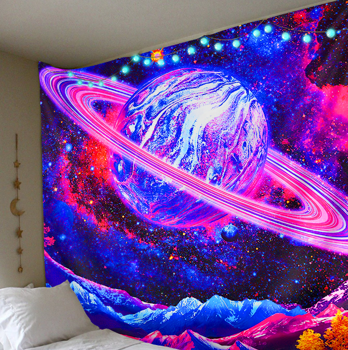 Trippy Saturn Tapestry