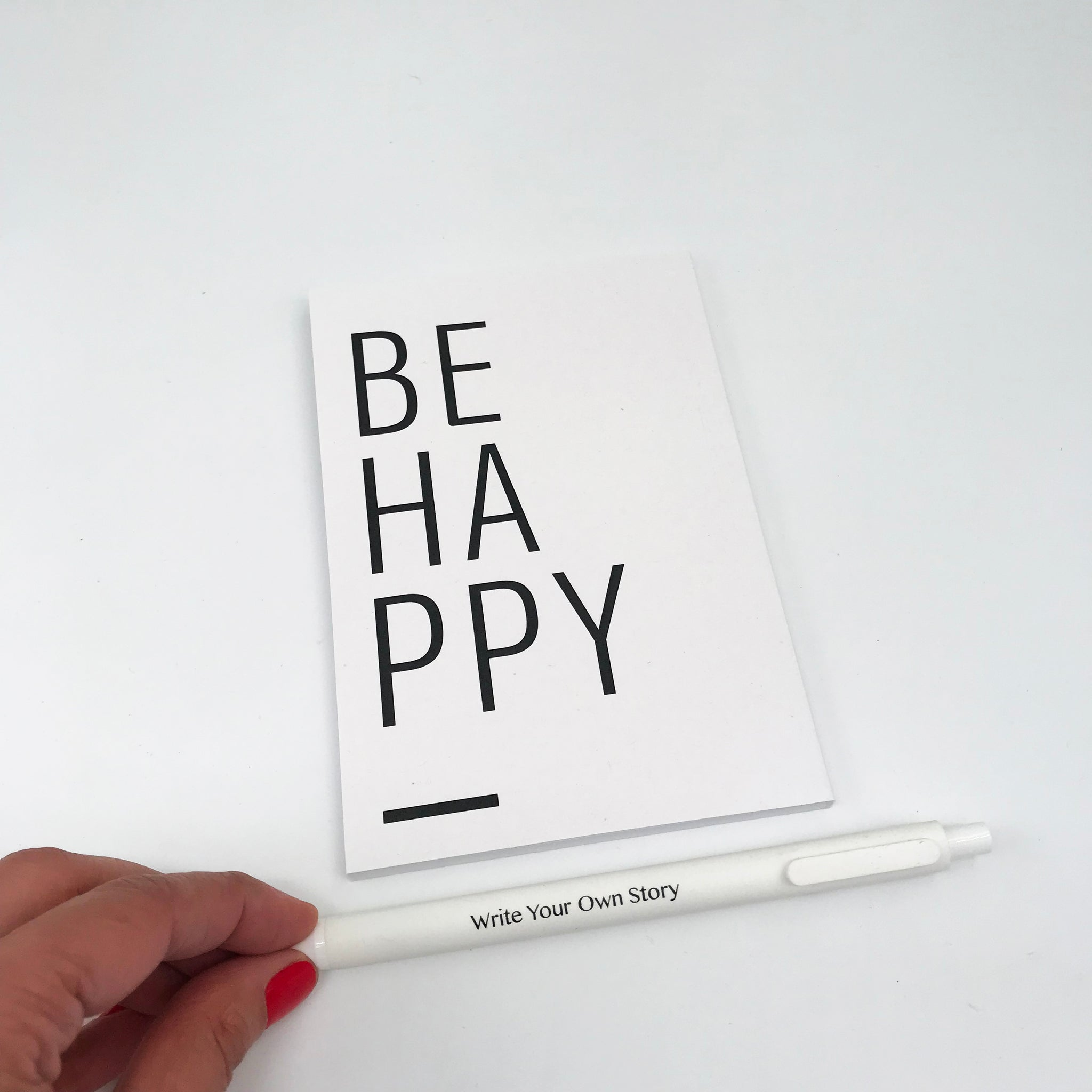 מחברת BE HAPPY - Fine N Simple