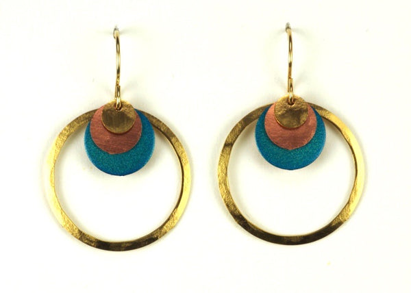 LARGE RING W/LAYERED CIRCLES EARRINGS