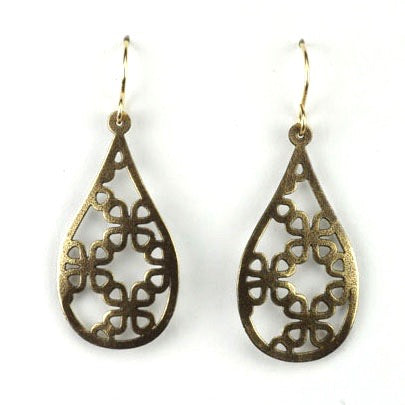 Drop shape w/leaf cutouts - Brass