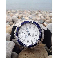 Momentum Wrist Watch Fit / Regular Momentum Deep 6 in White Face