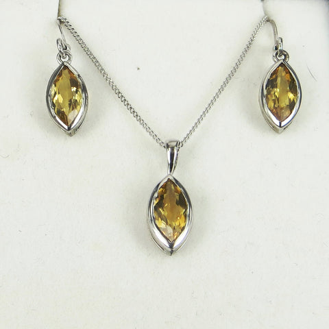 Marquise Shaped Earring and Pendant set - gecko-jewellers-mapatiza-mine