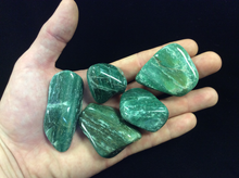 Load image into Gallery viewer, Green Aventurine Tumbled