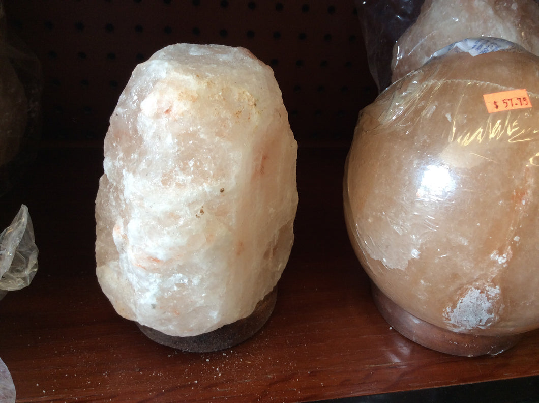 Small salt lamp