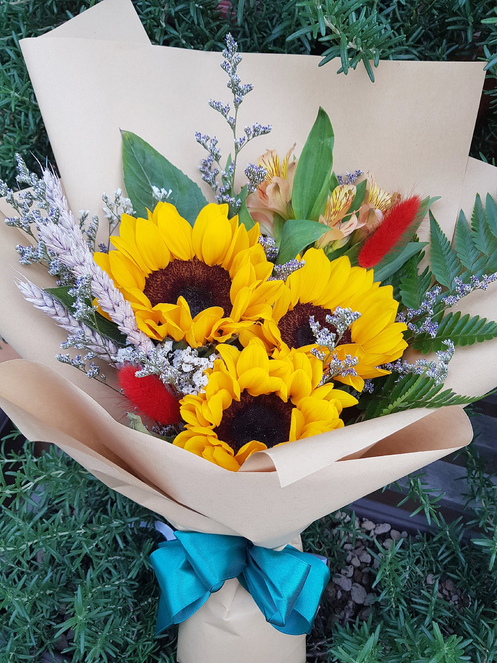 Sunflower Lover - Happy Florals