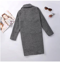 Stylish Long-Sleeved Plaid Lapel Coat