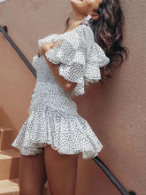 Vintage Ruffled Polka Dot Pleated Splicing Square-Cut Collar Dress