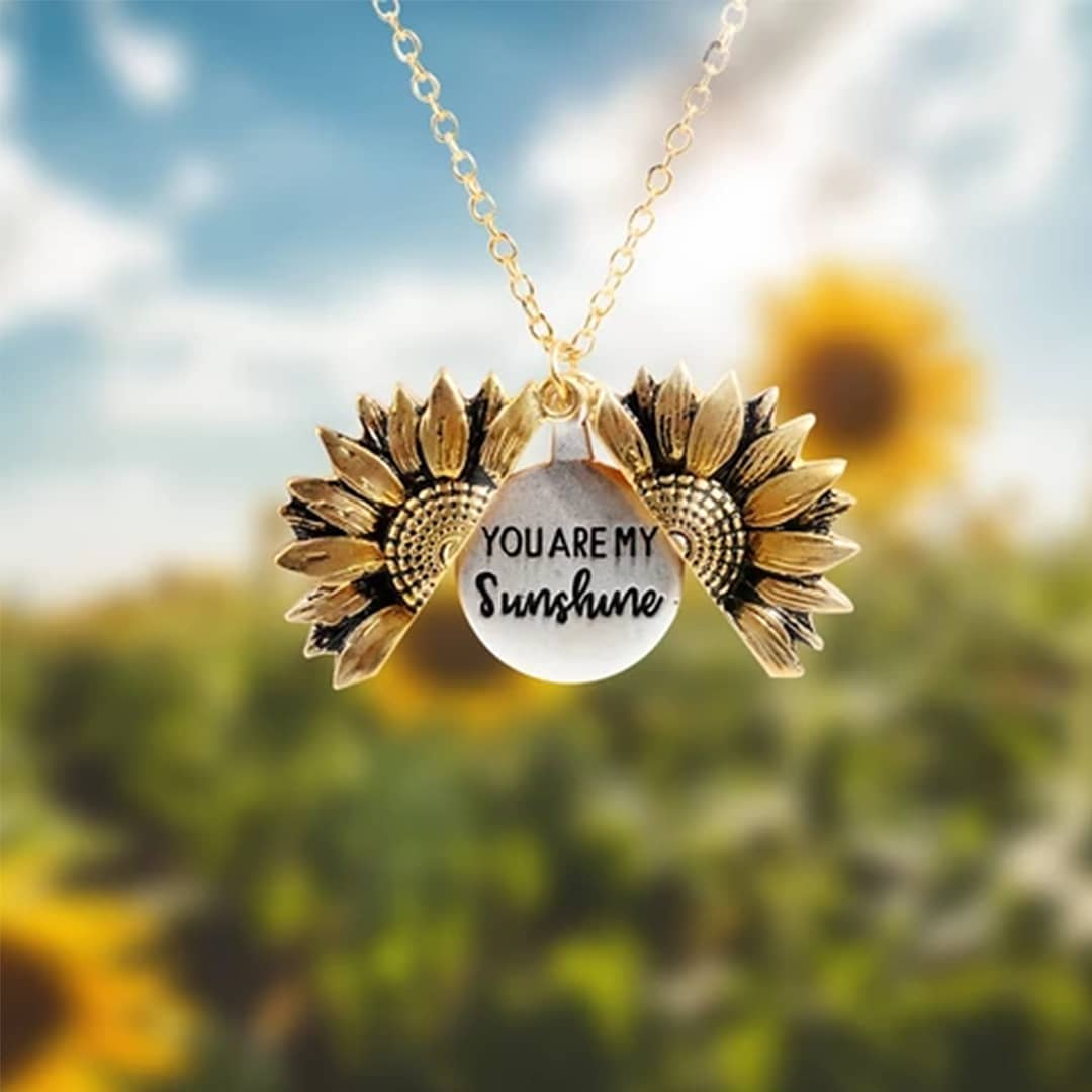 "🌻""You Are My Sunshine"" Sunflower Necklace🌻"